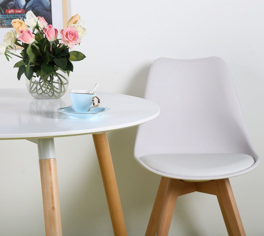 P&N Homewares® Lorenzo Lot de 4 chaises Tulipe Plastique Bois Chaises de salle à manger rétro Blanc Noir Gris Rouge