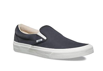 0adcf7f5972f Vans Unisex Vansbuck Classic Slip-On Shoe (9 M US Women   7.5 M