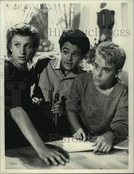 1988 Press Photo Chad Allen Thomas Wilson Brown David Mendenhall In Our House Amazon Ca Generic In honey, i shrunk the kids. 1988 press photo chad allen thomas