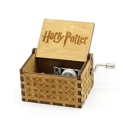 """Personalizable caja de música, """"Harry..."""" grabado de madera"""