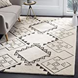 Cheap Safavieh CSB303A-4 Casablanca Collection Abstract Area Rug, 4′ x 6′, Ivory/Grey