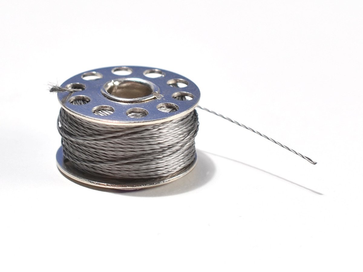 Adafruit strainless conductive thread