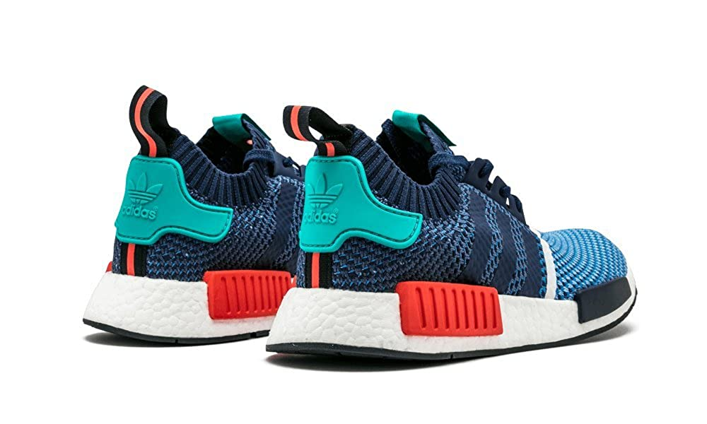 separation shoes 2ab86 2e6ad Amazon.com   adidas Mens NMD R1 PK Packers Clear Sky Dark Blue Nylon    Fashion Sneakers