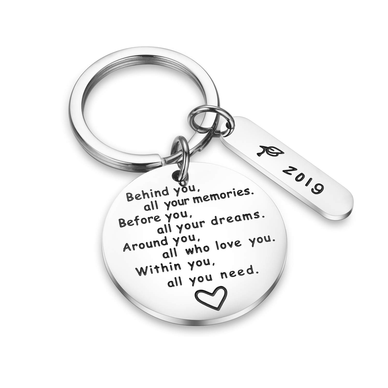 Porte-clés de remise de diplôme CJ&M derrière vous tous vos souvenirs avant vous tous vos rêves - Cadeau de remise de diplôme, cadeau inspirant pour fille, garçon.