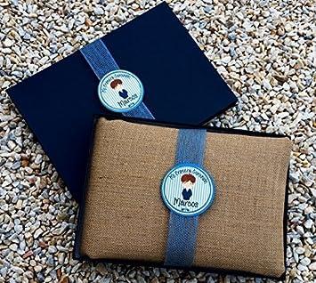 Libro de comunión niño personalizado y hecho a mano, álbum de firmas para comunión completamente personalizado con el nombre del niño, la fecha, la Iglesia, el restaurante y una dedicatoria personal.