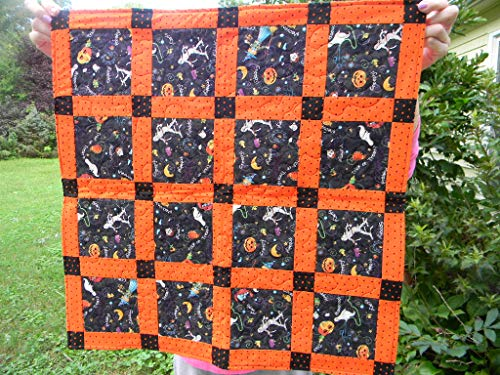 Quilted Halloween Table Mat or Wall Hanging -