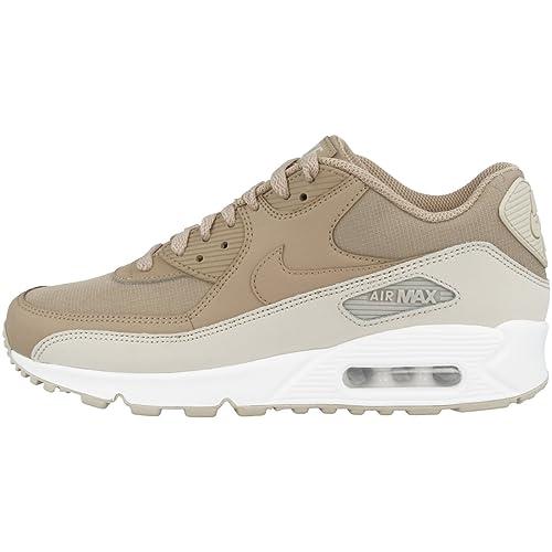 e0d4c29aad4 Nike Air MAX 90 Essential