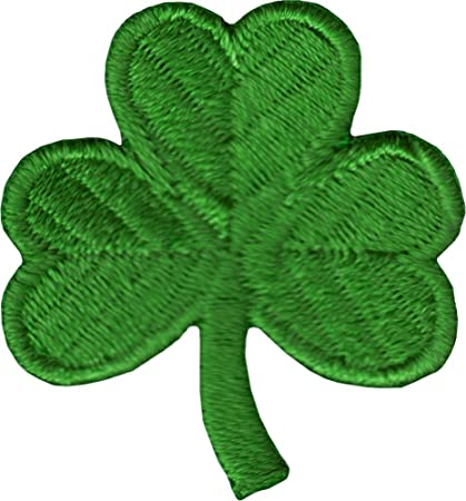 Amazoncom Shamrock Irish 3 Leaf Clover Embroidered Iron On Badge