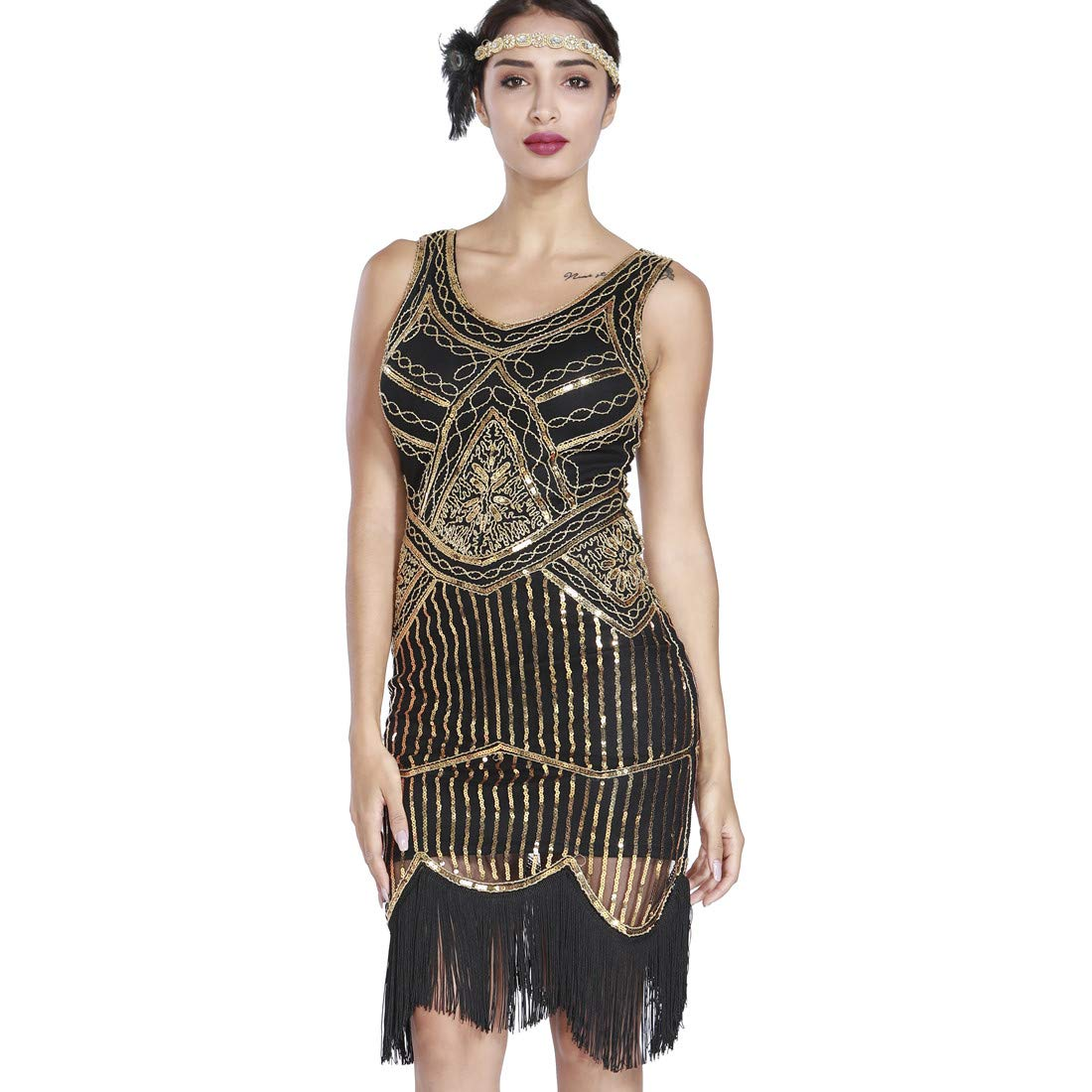 7e6b20e69cd Amazon.com  MAYEVER 1920s Flapper Dress Roaring 20s Great Gatsby Costume  Dress Fringed Sequin  Clothing