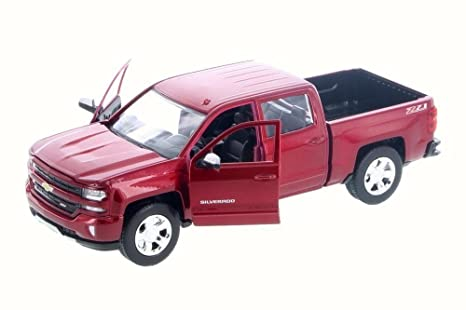 Amazon Com 2017 Chevrolet Silverado 1500 Lt Z71 Crew Cab Metallic