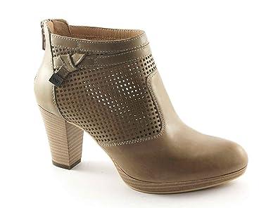 3bd3973a53fc2 BLACK JARDINS 17010 chaussures beige femme bottines talon trous zip ...