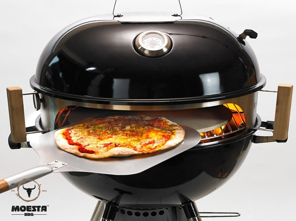 Weber Holzkohlegrill Anfeuern : Smokin pizzaring für kugelgrill für 57cm kugelgrills : amazon.de