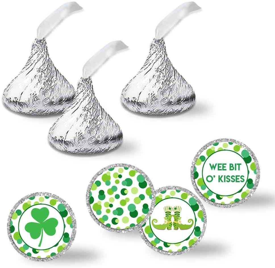 """Wee Bit O'Fun St. Patrick's Day Birthday Party Kiss Sticker Labels, 300 Party Circle Sticker sized 0.75"""" for Chocolate Drop Kisses by AmandaCreation, Great for Party Favors, Envelope Seals & Goodie Bags"""
