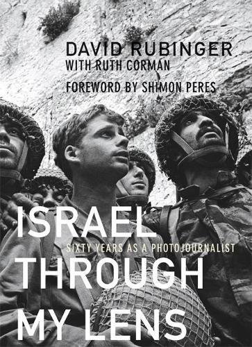 The compelling autobiography of Israel's preeminent photojournalist, illustrated with his most memorable images.  Today, photojournalist David Rubinger stands at the peak of his profession: a winner of the Israel Prize for services to the media a...
