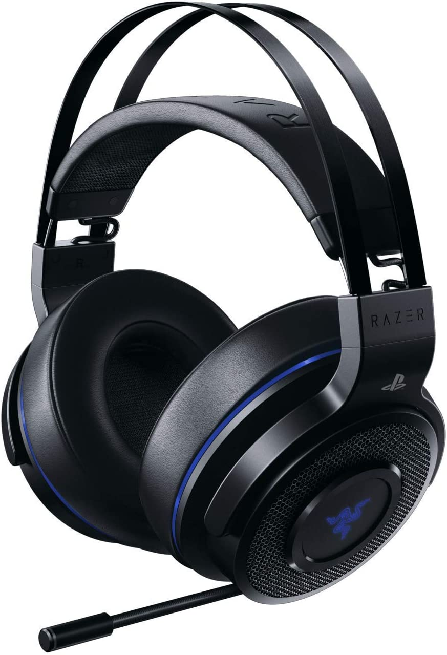 Razer Thresher - Lag-Free Wireless Connection - Retractable Digital Microphone - Gaming Headset Works with PC & PS4 (Renewed)