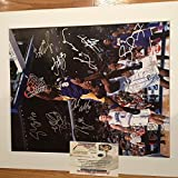 KOBE Bryant Lakers 2008-09 NBA World Championship Team Autographed 16 x 20 Photo