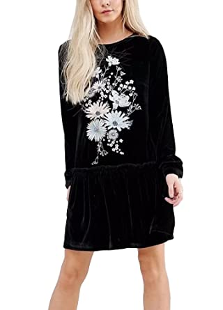 8610a4ab0778 Romacci Women Velvet Mini Dress Floral Embroidery Long Sleeve Ruffled  Pleated Loose Short Dress Black  Amazon.co.uk  Clothing