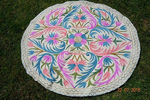 Felted woolen rug ( 5 feet round) - 5' Contemporary House