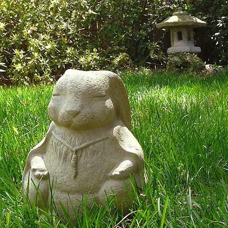 Amazon.com : Meditating Rabbit   Cast Stone Garden Sculpture, Large Size,  American Made : Outdoor Statues : Garden U0026 Outdoor