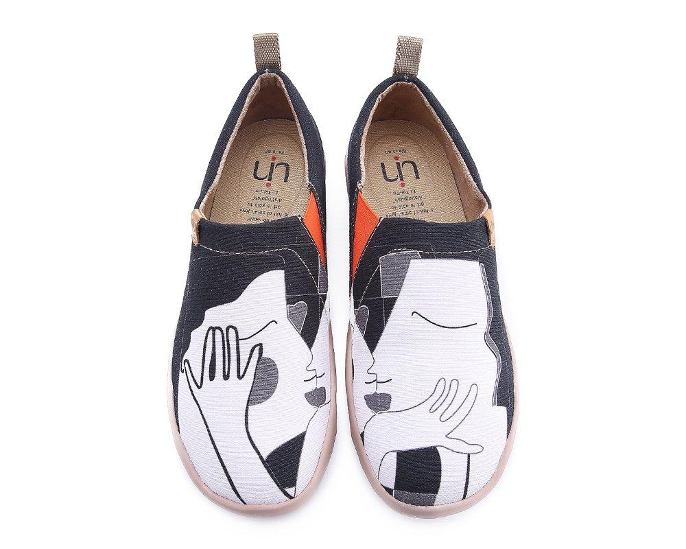UIN Men's Kiss Painted Simple Canvas Walking Shoes Black (8.5)