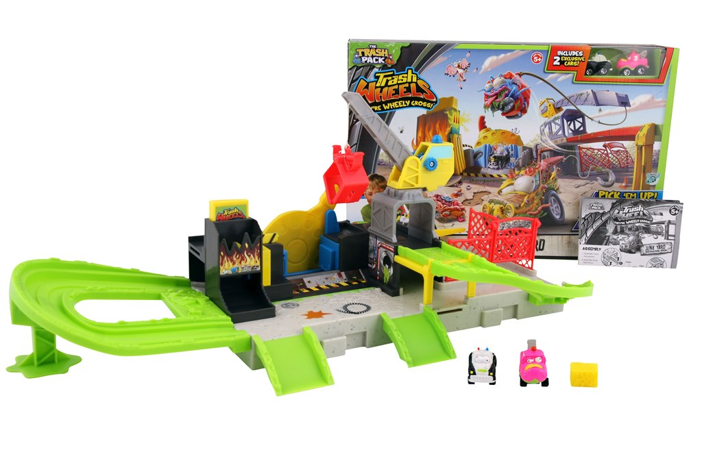 The Trash Pack Uft Spin Bin Launcher Toy Review Ultimate Fighting Trashies