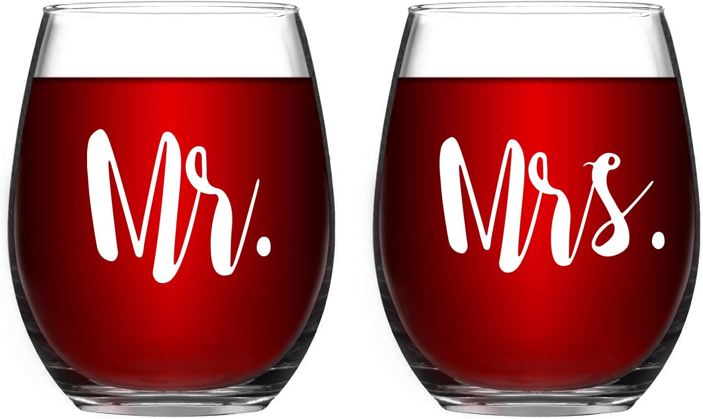Mr & Mrs Wine Glass Set of 2 Stemless Wine Glasses Engagement Birthday Anniversary Gift for Couples Lovers Parents Man Woman Special Commemorative Gift Perfect Party Decoration 15Oz