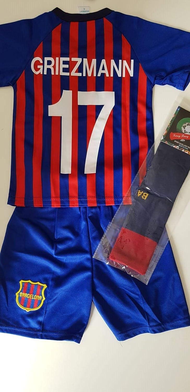 Camiseta deportiva Performance y pantalón corto de fútbol ...