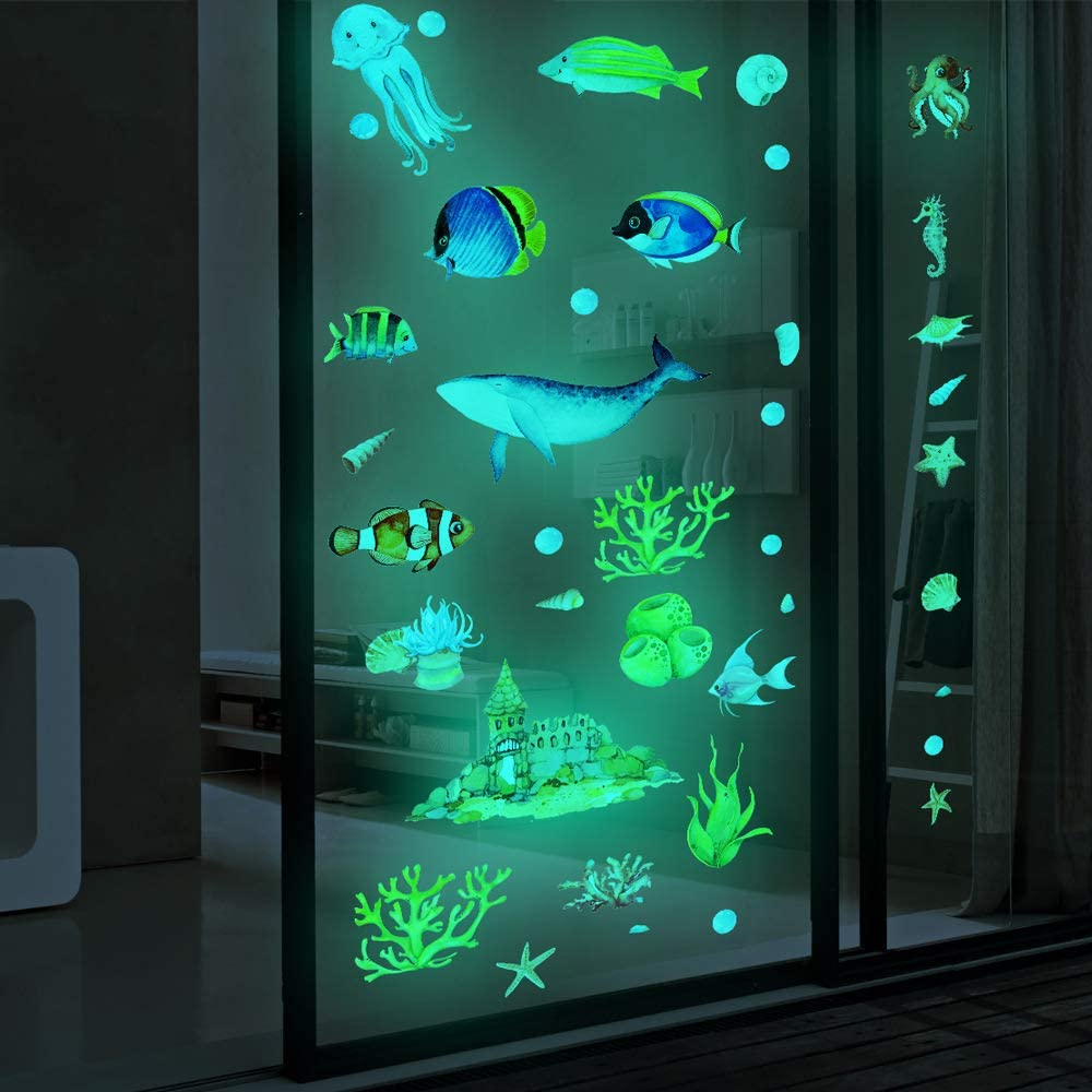 3D Ocean Fish Shark Wall Stickers Glow in The Dark Bedroom Wall Decals Peel and Stick Removable Waterproof Wall Art Stickers Decor for Kids Nursery Bedroom Living Room