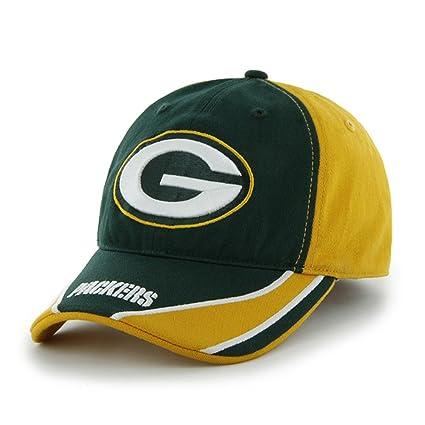 a8f166213a37e Amazon.com   NFL Green Bay Packers Gold Strongarm FlexFit Closer Hat Cap    Sports   Outdoors