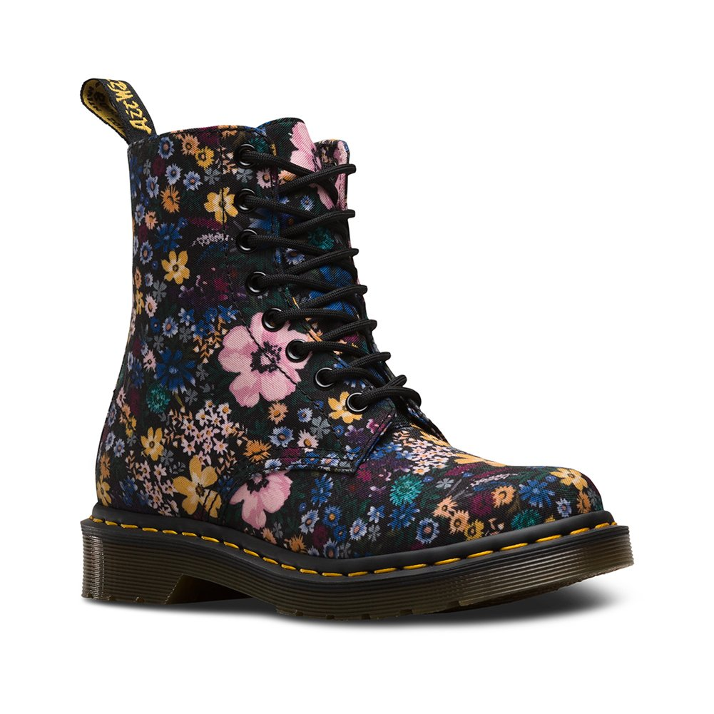 Dr. Martens Women's Page Wanderlust Boots B077KD71LQ 6 M UK / 8 B(M) US|Black, Mallow Pink