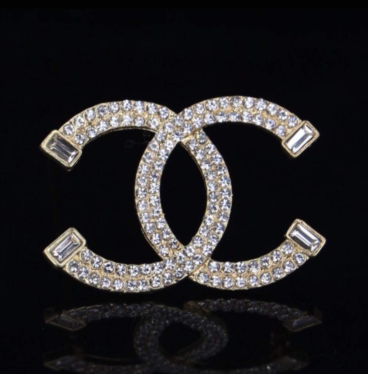 New Fashion womens C.C. diamond rhinestone Brooch Brooches pin Gift Silver