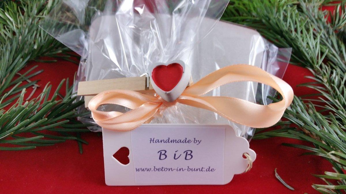 Taufe Ein etwas ausgefallenes Geschenk zur Geburt Geburtstag oder auch zur Hochzeit oder auch zu anderen Anl/ässen. Steinguss Buchstaben 3 D Deko Schriftzug Namen LIEBE.VOLL als Geschenk verpackt Beton