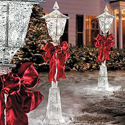 set of 3 outdoor christmas victorian lamp post sculpture holiday yard lawn decoration - Outdoor Christmas Lamp Post Decoration