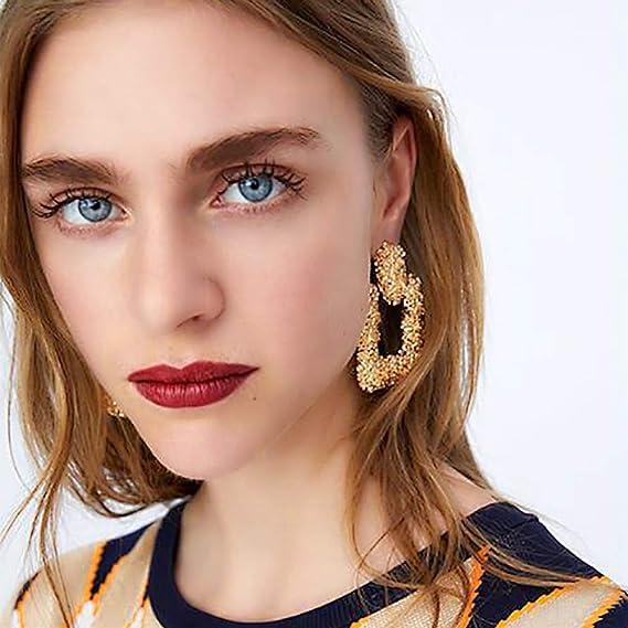 f597a4077df65 DANMEI Pendientes de moda para mujer 2018 moda retro pendientes de metal  geométrico pendientes colgantes grandes  Amazon.es  Belleza