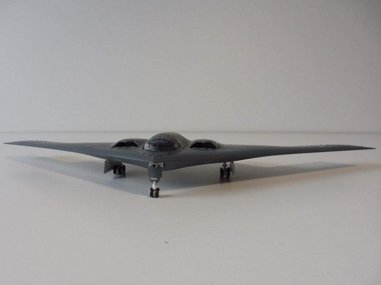 Herpa USAir Force Northrop Grumman B-2A SpiritTM 509th Bomb Wing 393rd Bomb Squadron Whiteman AFB-Spirit of America 1//200 diecast Plane Model Aircraft