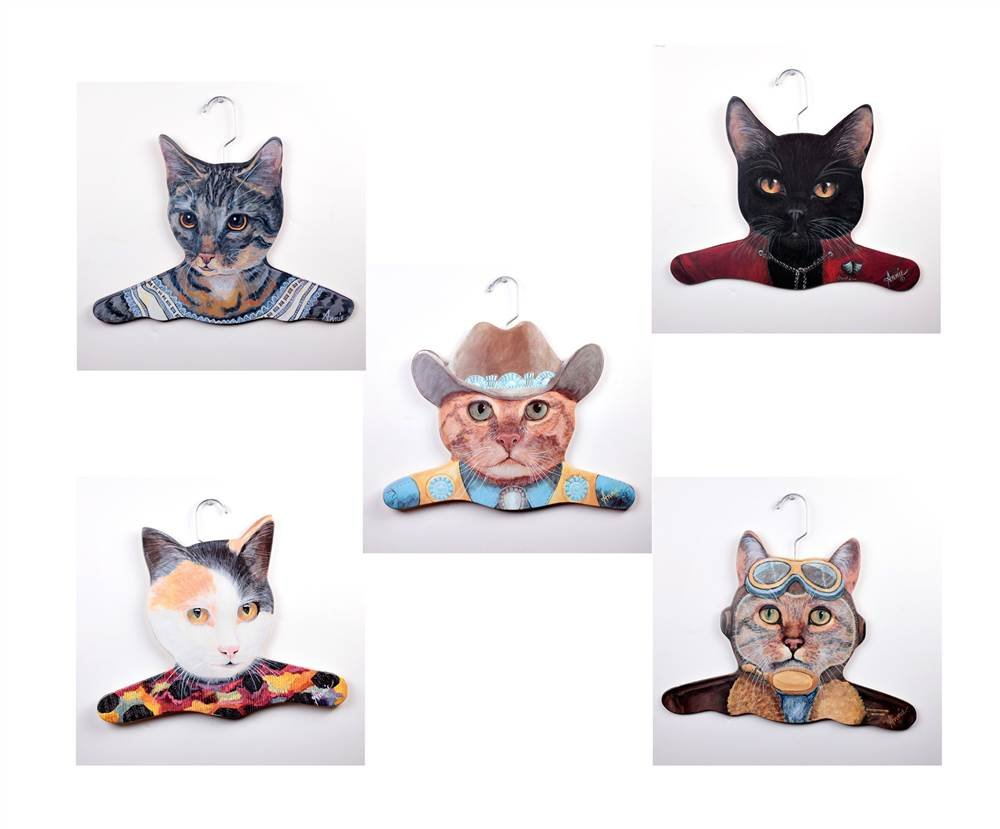 The Stupell Home Decor Collection 5Pack Animal Clothing Hanger, Gray, Calico, Cowboy, Black and Pilot Cat