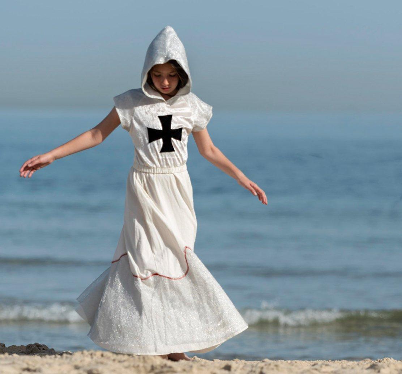 Girls Crusader Costume White Long Hooded Dress