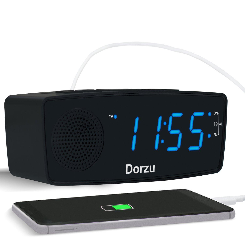 """USB Radiowecker, Digitaler Wecker mit USB Schnellladung, AM/FM Radio, Schlafzeitmesser, Dimmer Einstellbarer Helligkeit, Schlummerfunktion, 0.6"""" Digitaler LED-Bildschirm und Batterie-Backup-Funktion (Blau) product image"""