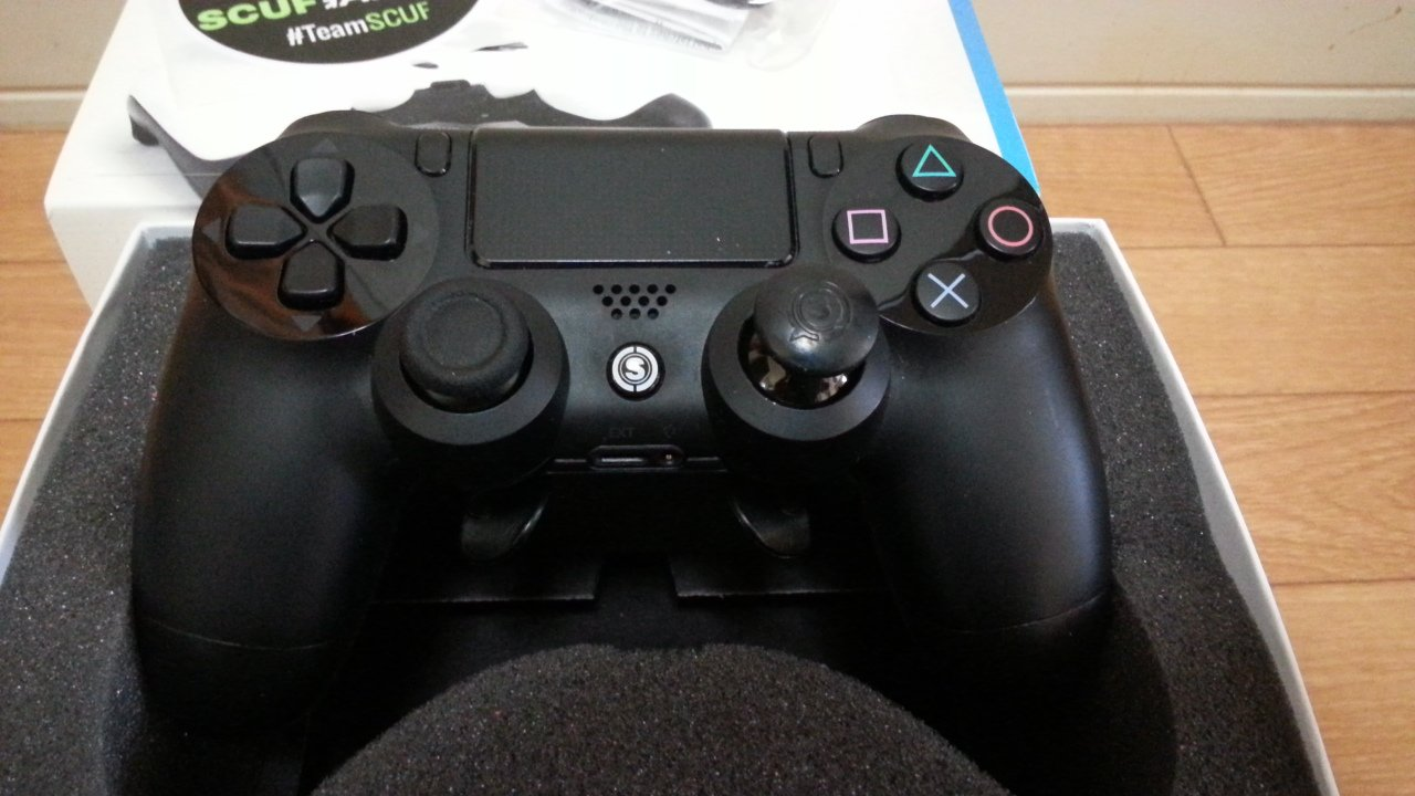 Amazon com: Scuff PlayStation 4 controller SCUF 4PS