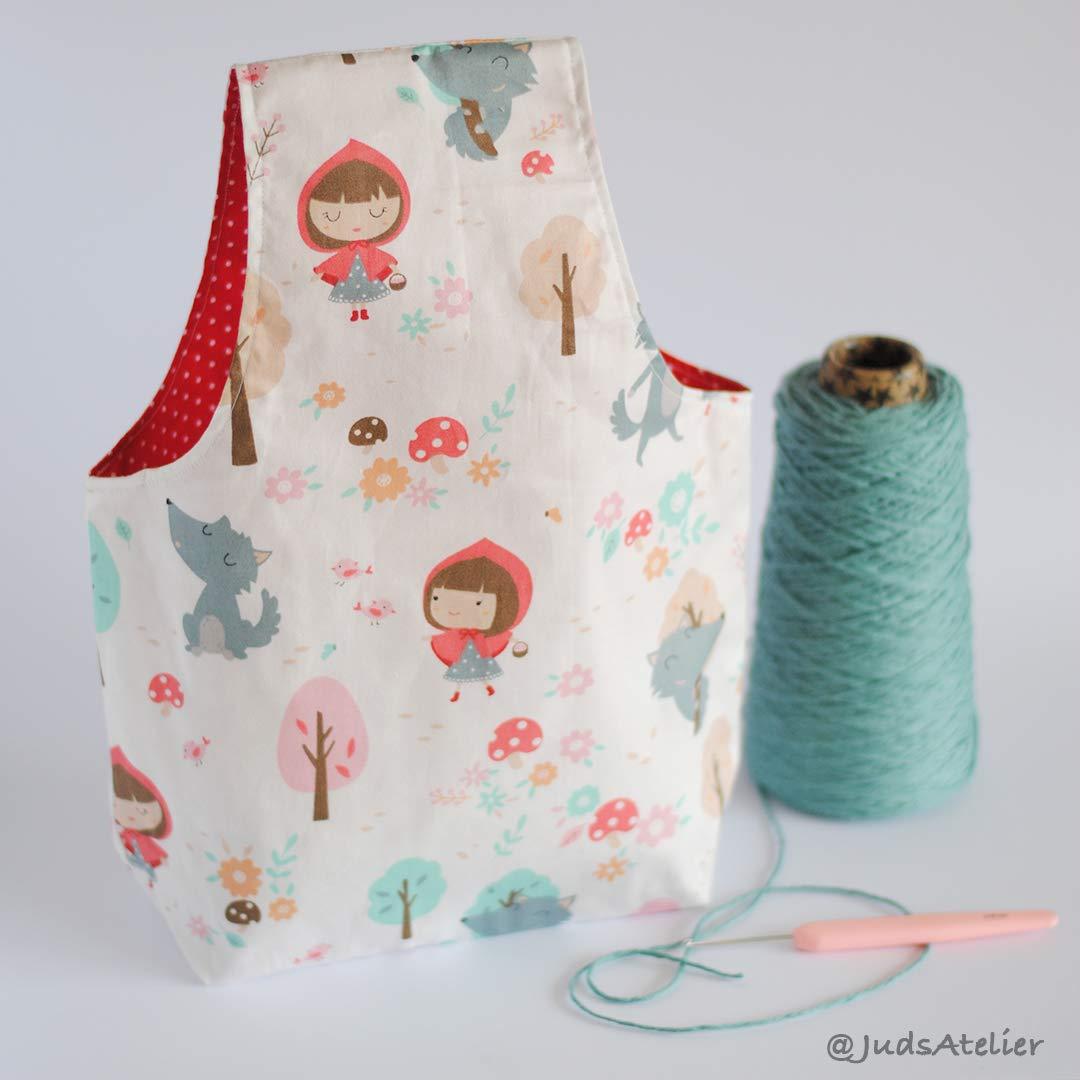 Bolsa porta lana con de personajes de cuento by JudsAtelier ...