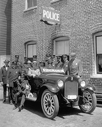 Xxxl Poster Historical Vintage Old Photos policemen_gather_around_a_police_car_adjacent_to_the_Venice_Police_Station, _LA, ca. 1920