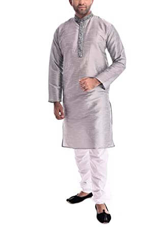 5ed008ad66 Royal Kurt Mens Silk Blend Self Design Kurta Pyjama  Amazon.in  Clothing    Accessories