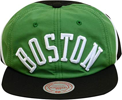 Mitchell /& Ness Boston Celtics Snapback Hat Cap White//Black//Green//Patent Leather