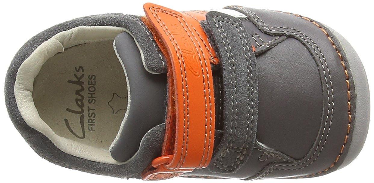b7933ea4b5c4 Clarks Unisex Babies' Tiny Zakk First Shoes - Sneakers Grey Size: 2.5 Child  UK: Amazon.co.uk: Shoes & Bags