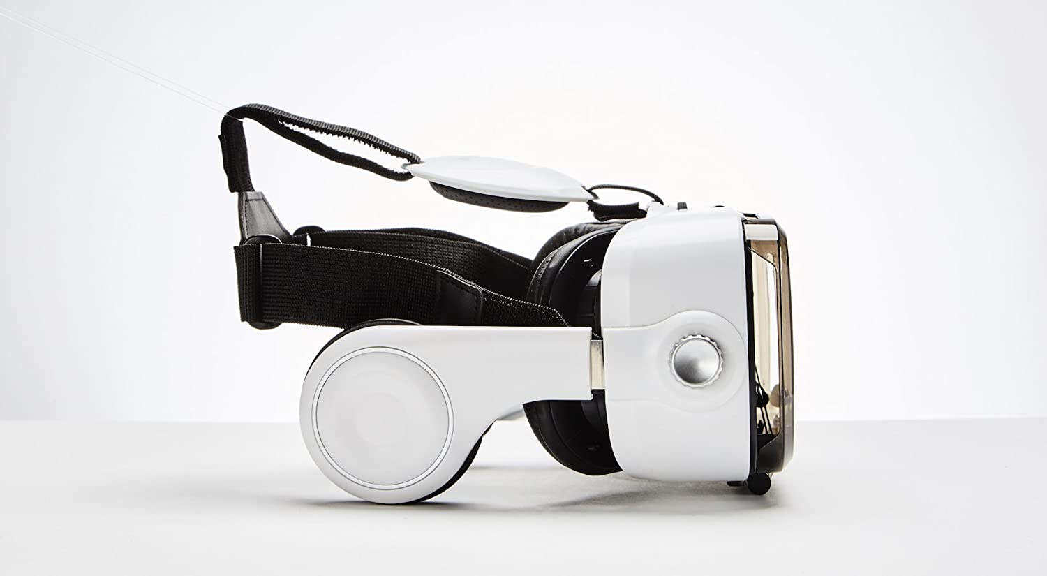 VR Headset Revolution Rare 120 FOV (Frame of View) Best 3D Virtual Reality Glasses/Goggles for iPhone & Android Phones. Comes with Built-in Headphones, Volume & Control Dial, Adjustable Lenses!