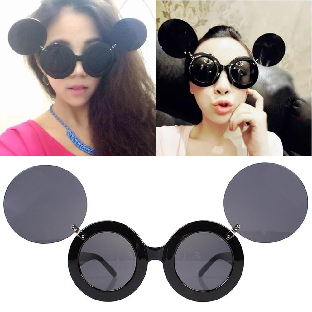 883071e25c Amazon.com  NNDA CO Fashion Retro Mickey Mouse Flip Up Round Shade  Sunglasses  Clothing