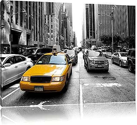 Taxi amarillo en Nueva York de colour negro y/de colour ...