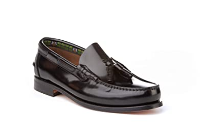 Mocasines con borlas para Hombre. Zapatos Castellanos Fabricados con Piel bovina. Disponibles Desde la