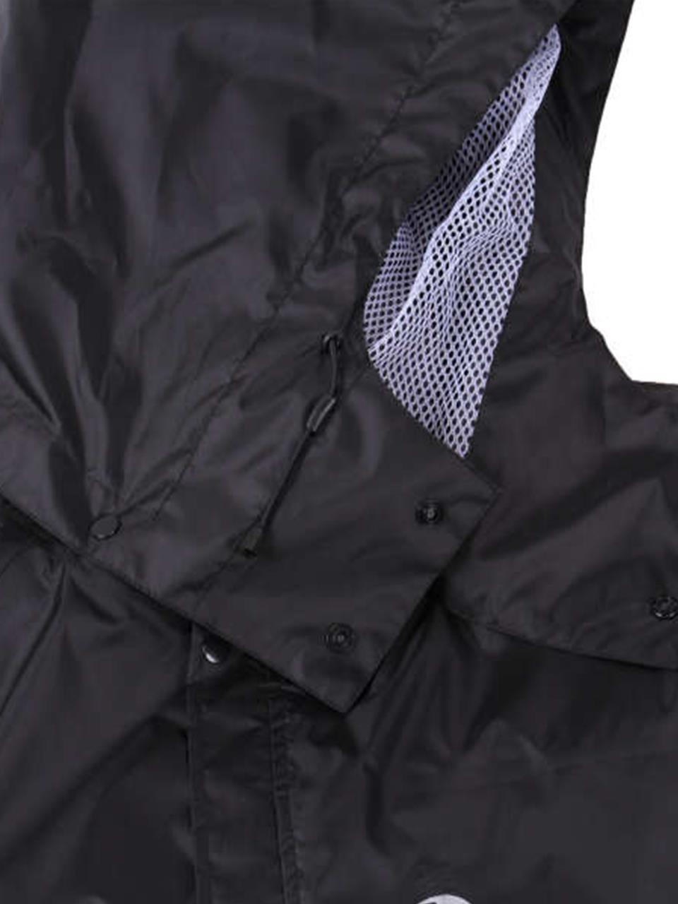260d70aefe5b37 メイン素材: ポリエステル内側のムレ?湿気は外へ逃がす防風?透湿防水素材を使用した全天候型レインスーツ。裏地にメッシュ素材を採用し不快なベタつきを軽減。