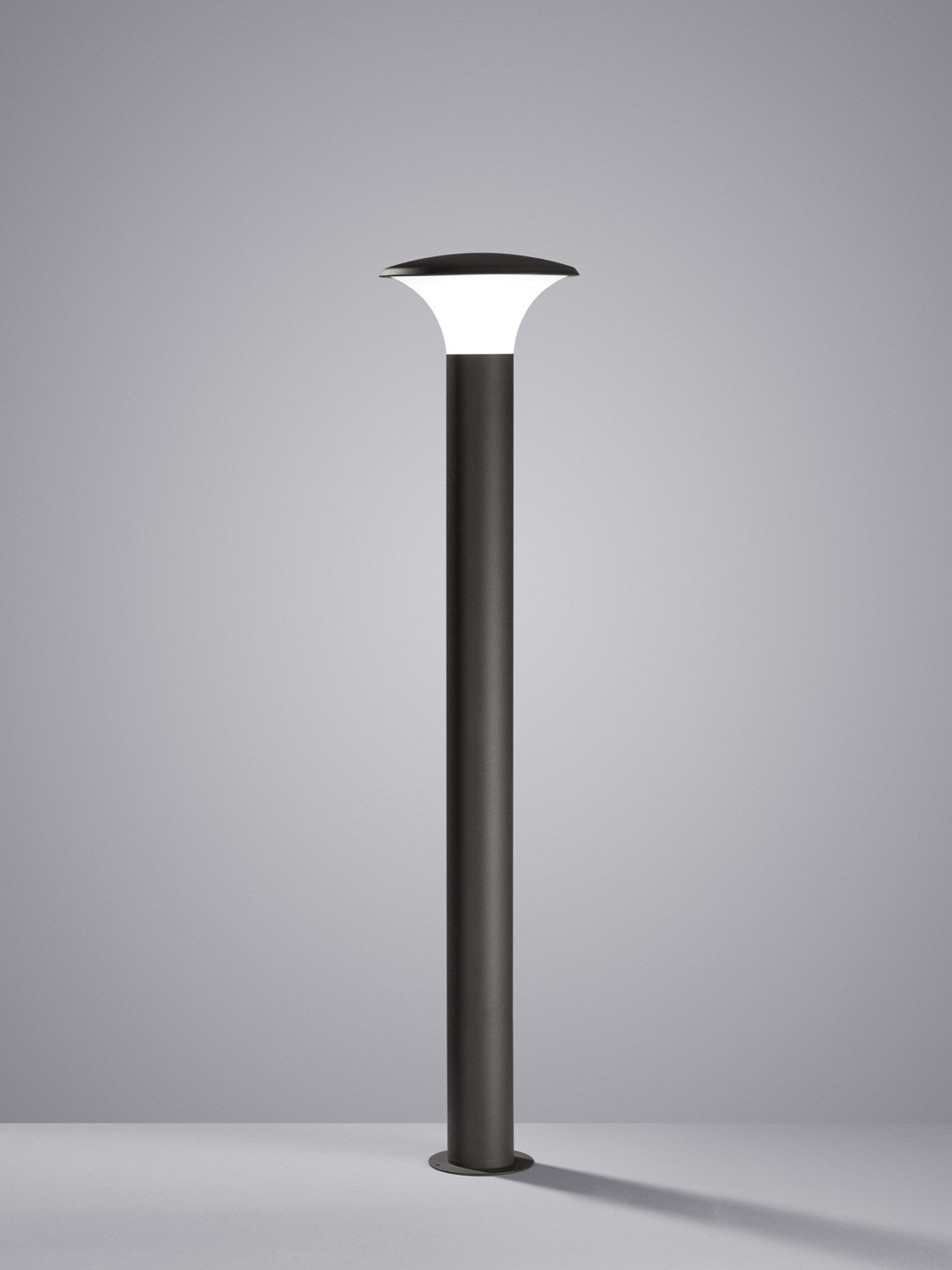 IP44 Anthracite /Ø:26,0cm 4,0 Watt H:120,0cm 3000K TRIO E27 Plastique Kongo incl 1 x LED Corps: Fonte dAluminium Potelets Blanc 320 Lm